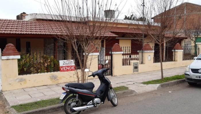 casa-venta-barrio-gomez-zacchia-4